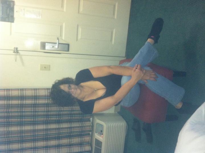 Flirty,sweet curvy all natural brunette!!